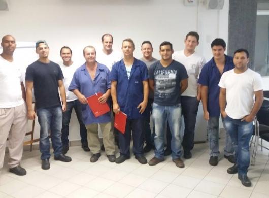 Empresa Mueller Fogões em Timbó um treinamento sobre metrologia básica